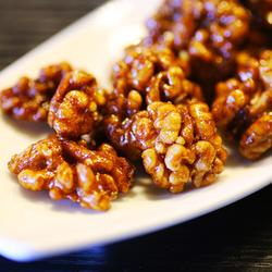 Medové vlašské orechy